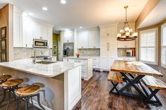 Custom Kitchen Cabinets and kitchen remodeling, Kitchen Design Knoxville, kitchen cabinets and bath remodeling. Custom Kitchen Cabinets, Kitchen Cabinets In Bathroom, Custom Kitchens, Custom Cabinetry, Kitchen Countertops, Kitchen Pantry, Small Kitchen Redo, Kitchen Design, Kitchen Decor