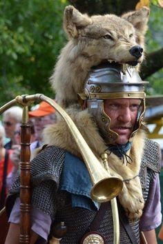 Vikings, Roman Armor, Roman Centurion, Helmet Armor, Roman Legion, Greek Warrior, Warrior Tattoos, Roman Soldiers, Black And Grey Tattoos