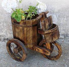 Vintage: triciclo o carretilla de madera para el jardin 60 cm de largo y 45 de alto,,,jard365 - Foto 1 - 45694164