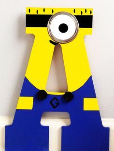 29 Cheerful And Easy Minion Party Ideas - Shelterness Minion Baby, Minion Theme, Minion Birthday, 1st Boy Birthday, 4th Birthday Parties, Minion Party Decorations, Party Themes, Party Ideas, Minion Gifts
