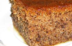 Η Καρυδόπιτα Νηστίσιμη τη φτιάχνουμε το καιρό της Σαρακοστής που νηστεύουμε και ως συνήθως όλοι μας θέλουμε να φάμε ένα γλυκό. Greek Sweets, Greek Desserts, Greek Recipes, How To Make Cake, Food To Make, Banana Bread, Sweet Tooth, Goodies, Vegan