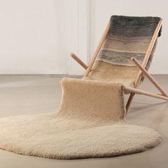 Winter Chair byAlexandra Kehayoglou une chaise pour l hiver!!! ca nous prends ca!!!