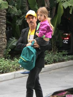 Red Hot Chili Peppers frontman Anthony Kiedis spotted with 5 yr old son at the annual LA Lakers game at #Staples #Center on December 25, 2012  http://celebhotspots.com/hotspot/?hotspotid=6465&next=1