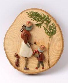 IMG_8556 Stone Crafts, Rock Crafts, Arts And Crafts, Wood Slice Crafts, Decoupage Wood, Stone World, Pallet Art, Shell Art, Beach Crafts