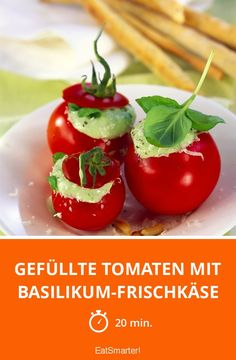 Stuffed tomatoes with basil cream cheese - Food and Drink Snacks Für Party, Appetizers For Party, Eat Smarter Low Carb, Popular Appetizers, Veggie Snacks, Appetizer Dips, Cheese Recipes, Finger Foods, Tapas