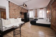 **Warschau. Geo Saison.CHF62 Aparthotel Stalowa52 is located in a renovated, 100-year old tenement house in a bohemian Praga district of Warsaw.
