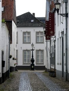 Attractive city tips:Orientation and mistery (a possibility to get a little bit lost). Het Witte Stadje Thorn, All white village of Thorn in Limburg, the Netherlands Places Around The World, Travel Around The World, Around The Worlds, The Beautiful Country, Beautiful Places, Kingdom Of The Netherlands, Amsterdam Holland, A Whole New World, Beautiful Buildings