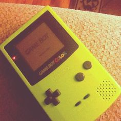 Old school tech Nintendo Gameboy