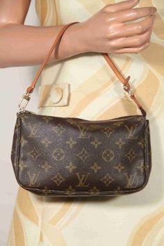 LOUIS VUITTON Brown MONOGRAM Canvas POCHETTE ACCESSOIRES Handbag PURSE - $250