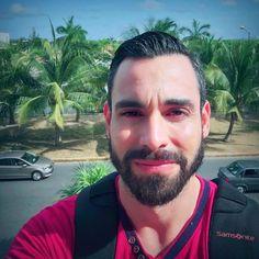 De ayer turisteando por la bella ciudad de #Cancún /// From yesterday touring around the beautiful city of #Cancun!  #RoAlpuche #JustMe #Entrepreneur #Dreamer #LoveMyDog #TravelLover #GreatFriend #Cancun #Mexico