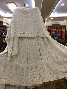 #Chikankari #Kamdani #Lehanga Indian Designer Suits, Indian Suits, Indian Attire, Indian Wear, Indian Bridal Outfits, Indian Dresses, Cutwork Saree, Chikankari Suits, Bridal Lehenga Collection