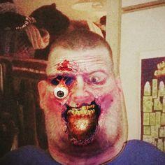Huh heräsin kauheessa krapulassa voi helevata sentään !!