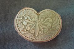 GORGEOUS ANTIQUE 1800 S CARVED MOTHER OF PEARL KIDNEY SHAPED PIN CUSHION