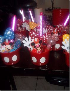 cute idea for red pails for Mickey Mouse party