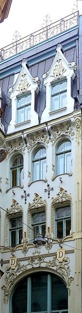 Riga Art Nouveau (Jugendstil) by Arnim Shulz via Flickr.