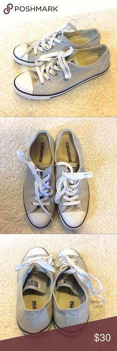 🌺 Womens All-Star Converse Sneakers 🌺 Womens All-Star Converse sneakers in good condition. Converse Shoes Sneakers
