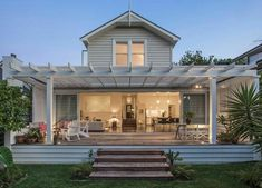 Trade Me - love the big doors on this house listed for sale in Auckland's inner city suburb of Ponsonby renovation Layout Outdoor Areas, Outdoor Rooms, Outdoor Living, Indoor Outdoor, Style At Home, Veranda Pergola, Weatherboard House, Queenslander, Big Doors