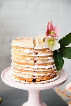 Feast yourself on these thought provoking ideas for brunch weddings. From brunch food to decor to much more! Because who doesn't love brunch? Food Cakes, Cupcake Cakes, Parisian Breakfast, Breakfast And Brunch, Breakfast Recipes, Breakfast Cake, Brunch Cake, Brunch Food, Cake Recipes