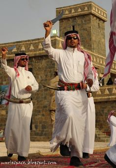 Folklore Dances Riyadh Saudi Arabia, Capital City, Fashion History, Traditional Dresses, Folklore, New Day, Culture, Black And White, Cgi