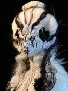 Virginie Ropars - VROPARS SMOKE doll sculpture
