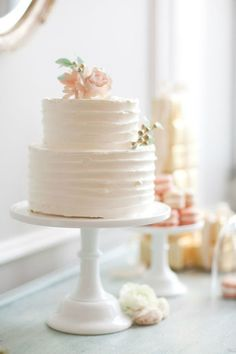 simple and classic wedding cake dessert