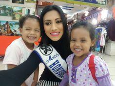 Miss Honduras - Gabriela Salazar rumbo al Reinado Internacional Del Cafe 2016 en Manizales, Colombia. desde las actividades del Reinado Internacional Del Cafe 2016 en Manizales, Colombia como parte de la ya tradicional Feria De Manizales. #BeautyPageant #ReinadoInternacionalDelCafe #Manizales #Colombia #ZarDeMisses