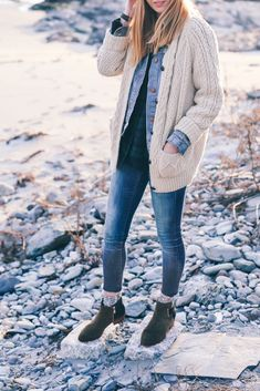 Irish Knit sweater and skinny jeans on Prosecco & plaid