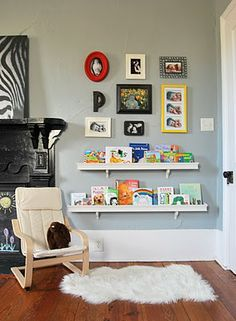 Love the bookshelves and photo groupings