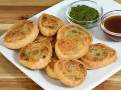 Samosa pinwheels are great party treat. This is an interesting twist to a popular and most wanted Indian snack Samosa. They make mouthwatering appetizer or can be served as a chaat. - March 17 2019 at Gourmet Appetizers, Indian Appetizers, Indian Snacks, Indian Food Recipes, Appetizer Recipes, Vegetarian Appetizers, Entree Recipes, Dinner Recipes, Samosas