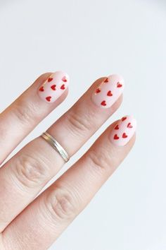 25 Best Pinwheel Appetizers & Roll Ups Perfect For Game Day Dream Nails, Love Nails, Pretty Nails, Subtle Nails, Crazy Nails, Valentine's Day Nail Designs, Acrylic Nail Designs, Nails Design, Heart Nail Designs