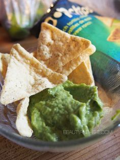 Spicy guacamole from California Avocados and Delicious Popchips!