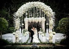 If I where to do an outdoor wedding this would definitley be inspiration for sure. This is breathe taking!