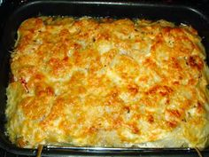 Рыба в сметане Kitchen Recipes, Baking Recipes, Recipe Using Tomatoes, How To Cook Fish, Wonderful Recipe, Russian Recipes, Vegetarian Cheese, Fish Dishes, Fish And Seafood