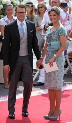 Daniel and Crown Princess Victoria of Sweden.... A bit of a different hairstyle for Victoria