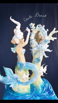 Fairy blue 💙 - cake by Cécile Beaud Sea Cakes, Blue Cakes, Beautiful Cakes, Amazing Cakes, Adult Birthday Cakes, 50th Birthday, Birthday Ideas, Pulled Sugar Art, Mermaid Sculpture