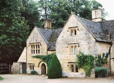 Temple Guiting.  #Cotswolds #UKweddingvenue Photo: David Jenkins