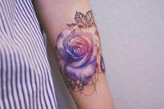 Rose by Anna Yershova
