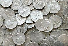 Det er vigtigt at altid putte en mønt på en frossen kop vand før du forlader dit hjem - her er hvorfor.