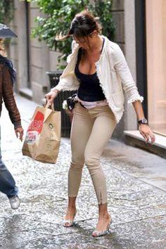 Nicole Minetti AGAIN ... *_____* Khaki Pants, Politics, Hot, Fashion, Women, Khakis, Moda, La Mode, Khaki Shorts