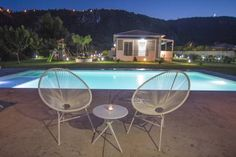 Casa di Varco Agios Ioannis Located in Agios Ioannis, Casa di Varco offers an outdoor pool and barbecue. Lefkada Town is 2 km away. Free WiFi is offered throughout the property.  All are air-conditioned and include a seating and/or dining area.