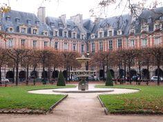 Place des Vosges, Paris. In Converstaion with Sharon Santoni, vickiarcher.com