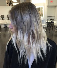 Finnest Ash Blonde Hairstyles 2018 for Women with Medium to Long Hair