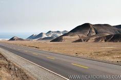 Panamerican Highway (Carretera Panamericana Norte). Huarney, Department of Ancash, Peru.