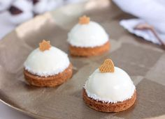 Mini Cakes, Desserts, Food, Fruit Cakes, Advent, Tailgate Desserts, Deserts, Essen, Postres