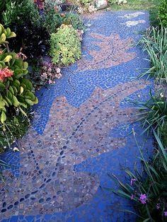 Artful paths for the garden. WOW!