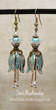 Finished Up Friday-Patina tulip earrings. The tulip bead caps and Spectra beads are from B'sue. I used a patina Rub-N-Buff on the tulip bead caps. Wire Jewelry, Jewelry Crafts, Beaded Jewelry, Jewelery, Jewelry Hanger, Jewelry Ideas, Lucite Flower Earrings, Bead Earrings, Silver Earrings