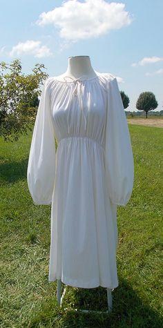 Cream BoHo Hippie Flowy Peasant Dress by ilikeyourdress on Etsy, $35.00