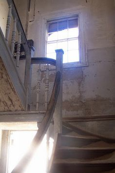Old abandoned house in Namibia, Old Abandoned Houses, Abandoned Places, Old Houses, Silent House, Beautiful Ruins, Desert Homes, Empty Room, Stairway To Heaven, Old Buildings