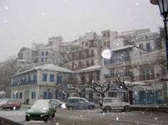 Αποτέλεσμα εικόνας για greece winter Pixie Cut, Street View, Pixie Buzz Cut, Pixie Hair