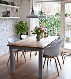 Dining Room Design: Take a look at this dazzling dining room lighting with an amazing dining room decor Dining Room Design, Dining Area, Kitchen Dining, Dining Rooms, Small Dining, Kitchen White, Dining Chairs, Kitchen Nook, Design Room